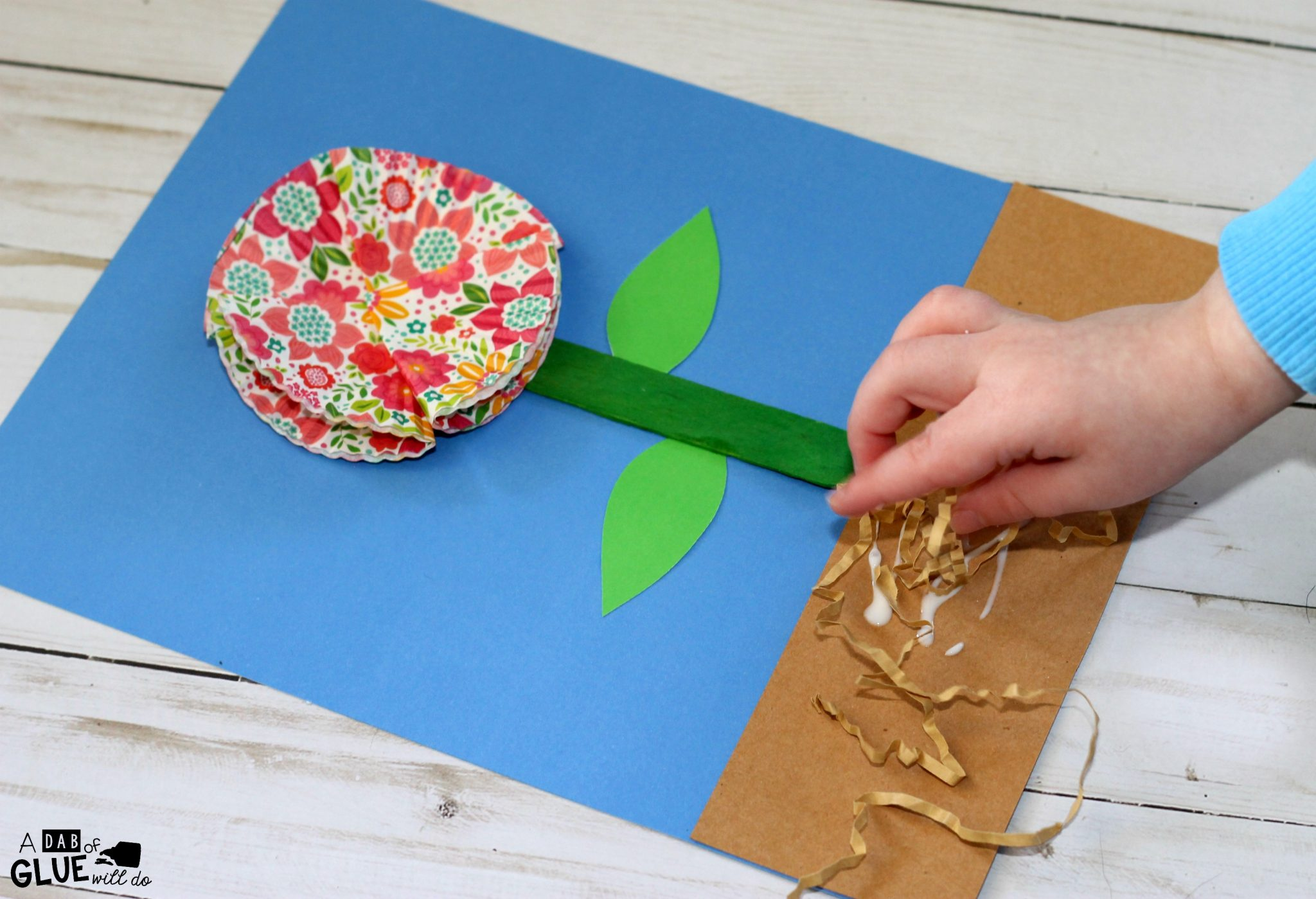 how to make a flower out of thin paper