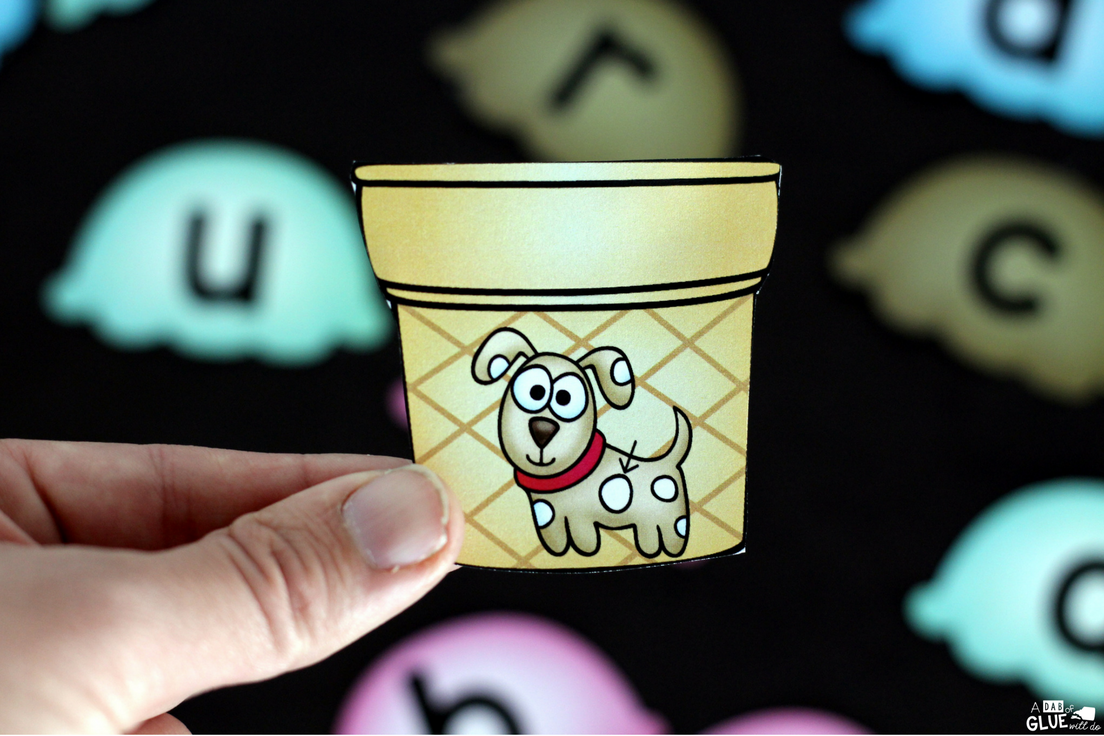 Ice Cream CCVC Match-Up Printable is the perfect addition to your literacy centers this summer. This free printable is great for kindergarten and first grade students.