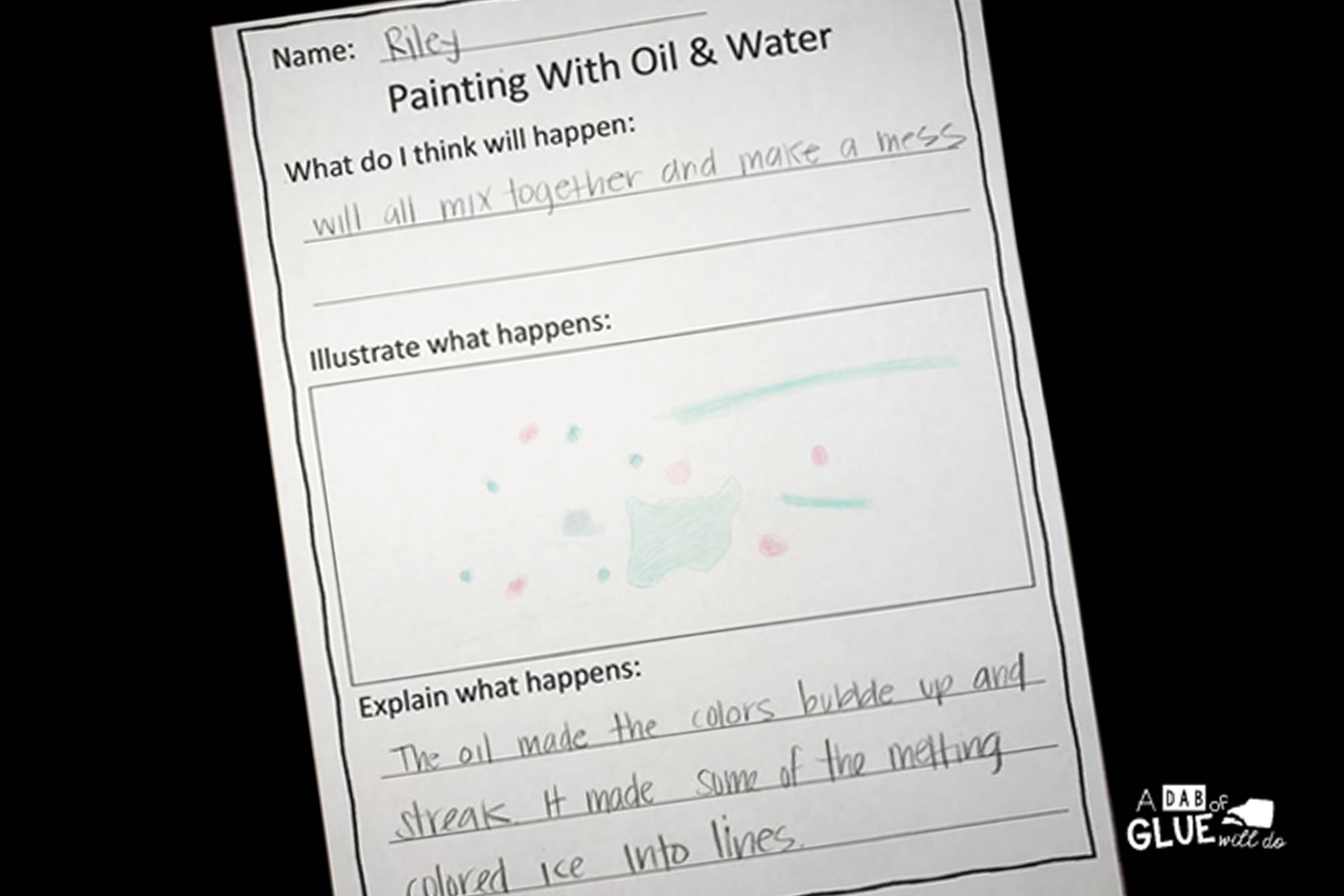 Science meets are in this simple to setup mixing oil and water experiment. As this simple science experiment to your preschool or kindergarten classroom! If you have kids that LOVE creating with STEAM activities, this is the kids activity for you.