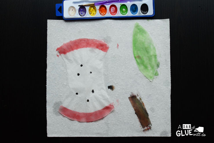 Here's a fun craft to help learn the parts of an apple! This is a simple coffee filter craft that uses watercolor paints to create an apple core, skin, leaf, stem, and seeds. This craft is a great one to do in the beginning of the year for preschool, kindergarten, or elementary students, or as a craft to do with apple themed units.