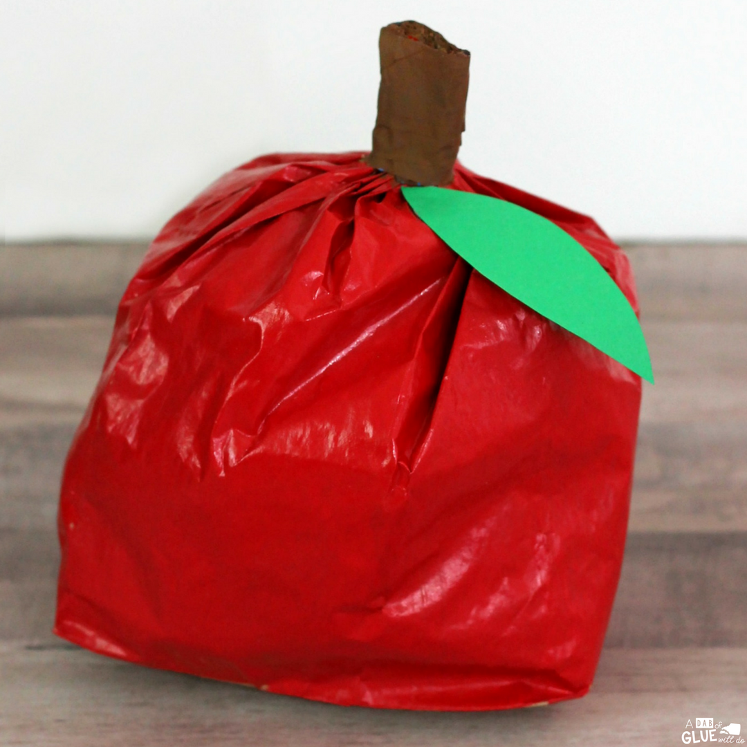 This Paper Bag Apple Craft is a fun and easy craft for young children to make to celebrate and decorate for Fall in the classroom.