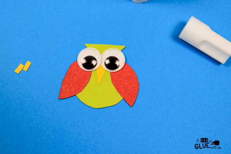 Here's a cute Back to School Owl Bookmark Craft to get your students excited about reading!