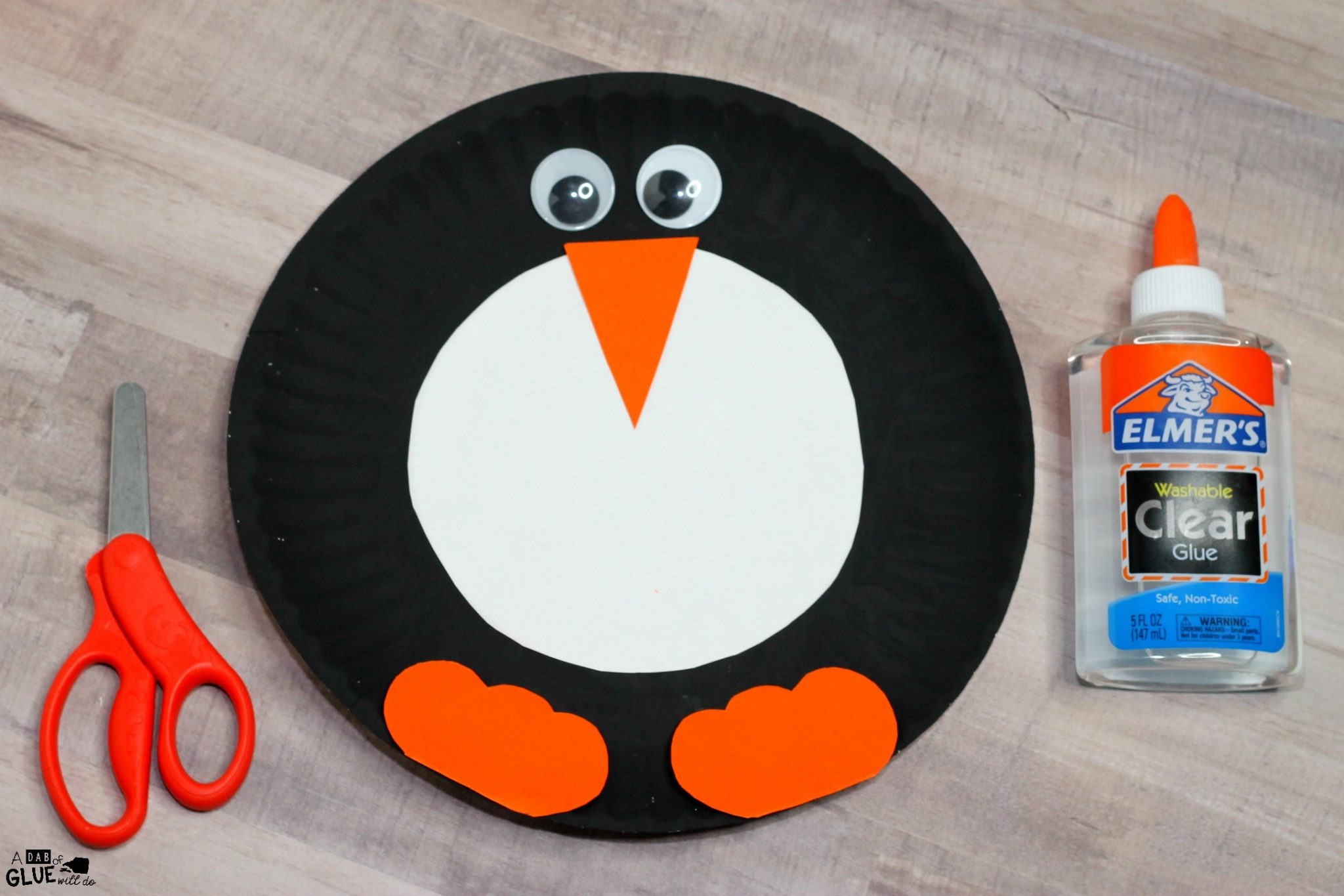 Add this Paper Plate Penguin Craft to your classroom winter crafts! It's perfect for winter habitat unit study or penguin animal study activities too.