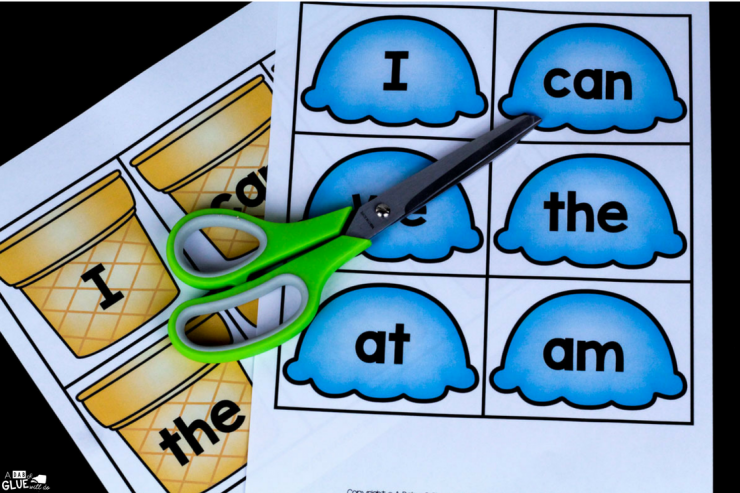 This ice cream sight word match up freebie is a fun & hands-on way to help your little learners with their early literacy skills!
