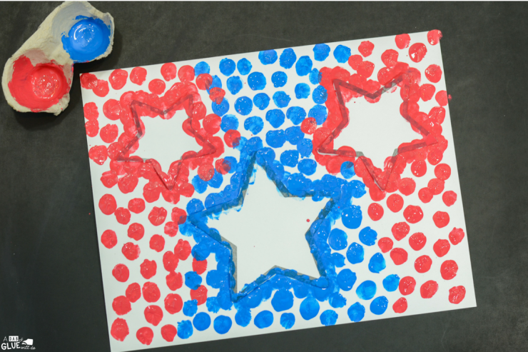 Discuss shapes, colors, and all things America when you create this 4th of July Patriotic Stars thumbprint craft with your students.