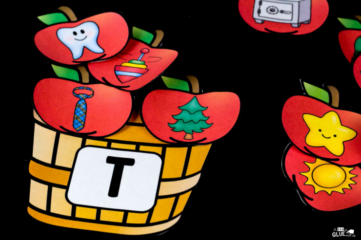 This apple initial sound match up is just what you need in your early literacy center! Perfect for PreK, Kindergarten, or First Grade to engage your early learners in alphabet fun.