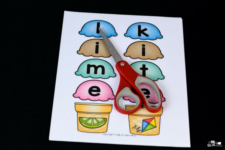 Engage your little learners with this FUN Ice Cream CVCE Word Building Activity! Sure to be a hit in your early literacy center.