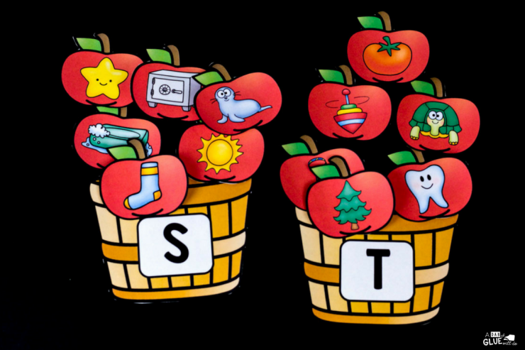 This hands-on apple initial sound match up is the PERFECT addition to your early literacy center! Complete your Fall, Apple, or Johnny Appleseed learning theme.