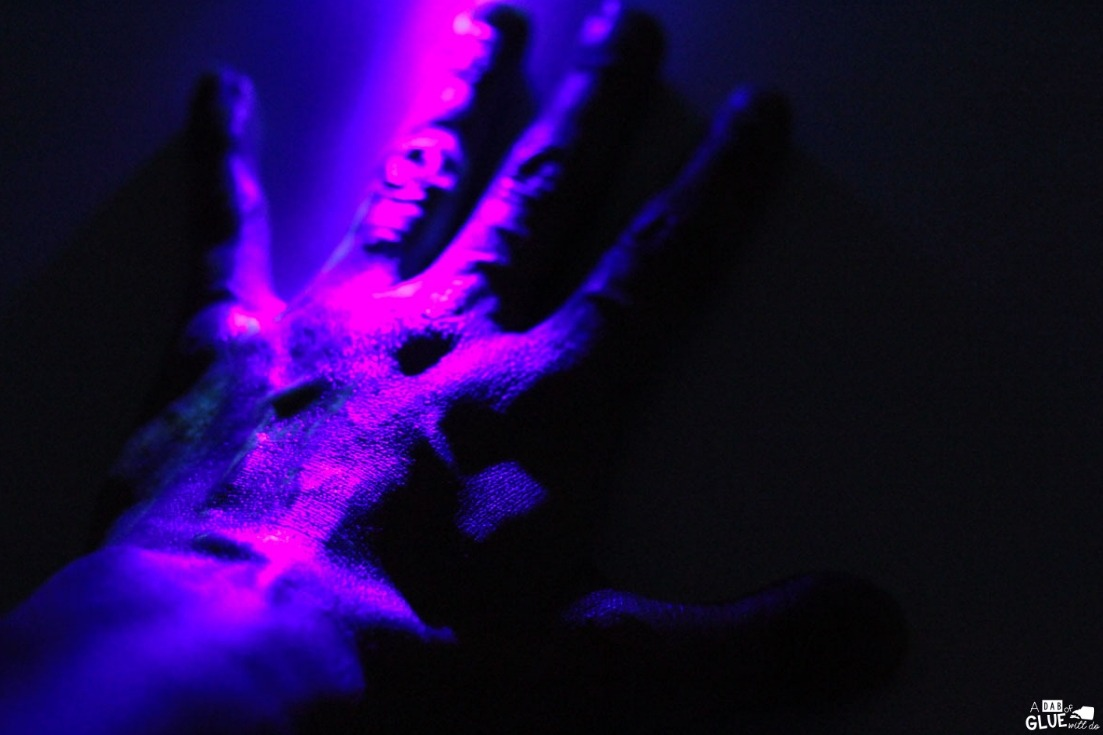 Check out these glowing germs science experiment